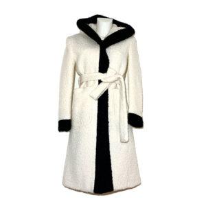 Cappotto vestaglia in bouclé bianco panna - Boutique Viggiani - Shopping online - Abbigliamento donna casual e cerimonia a Pisticci